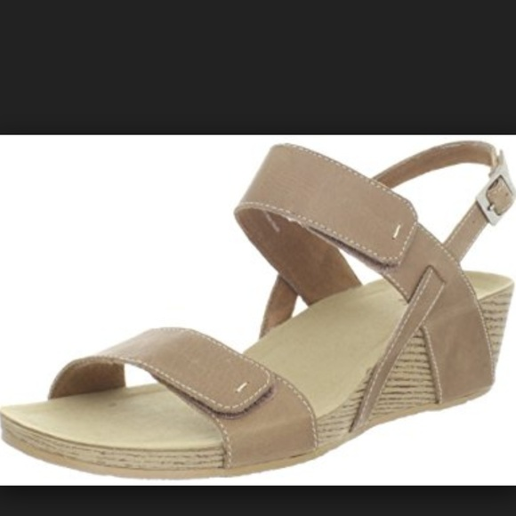 d2b55e51aa2a Clarks Shoes - Clarks Alto Disco Strappy Wedge Sandals Beige 3238